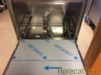HorecaGoed glazenspoelmachine en voorlader vaatwasser3