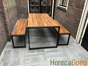 Horeca buiten outdoor meubilair industriële tafel met banken 2